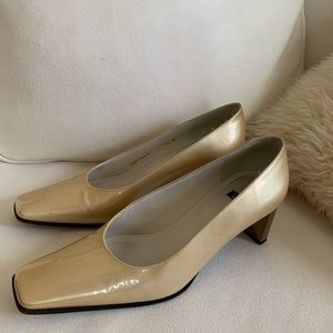 3267ed3719e55 Women Stuart Weitzman Vintage Shoes on Poshmark